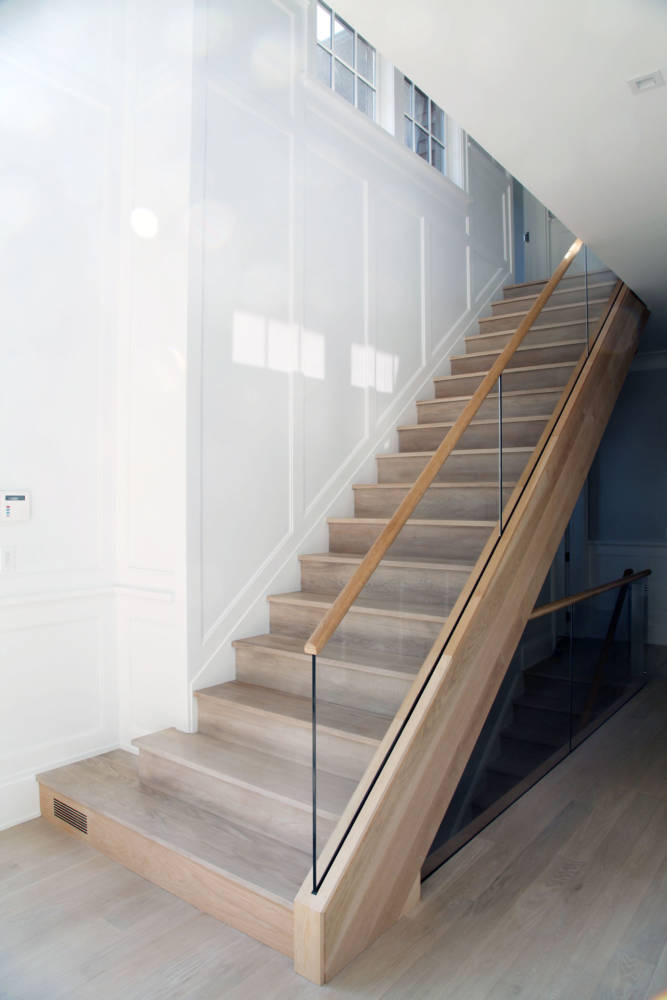 4-es-osprey-wooden-stairs